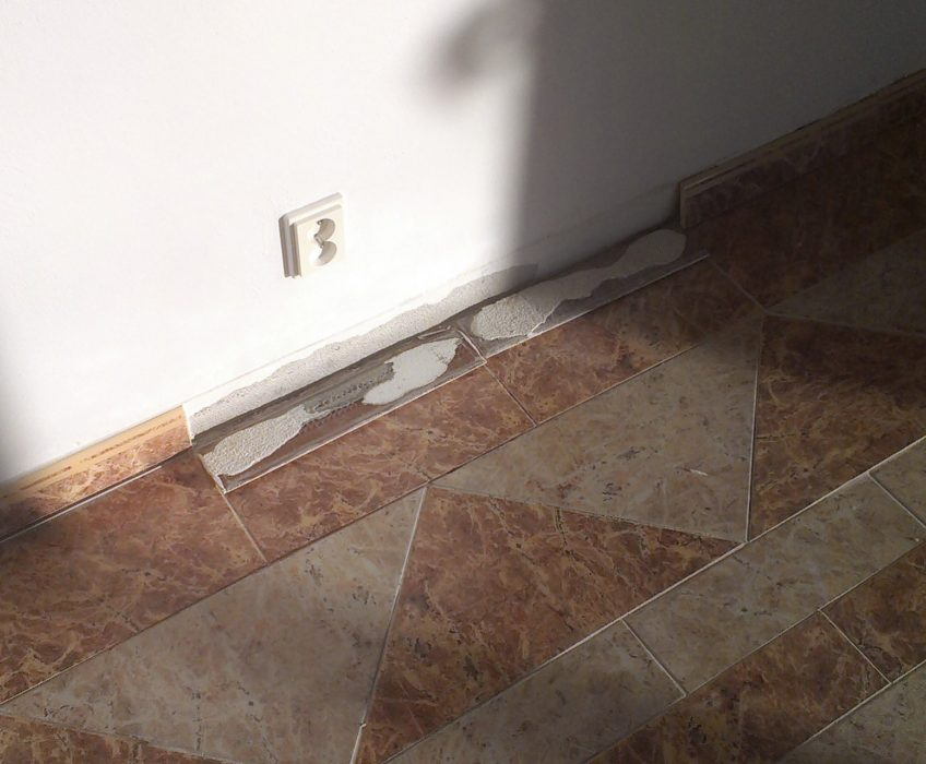 Oprava obkladu podlahy