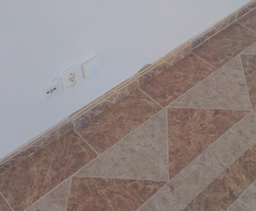 Pokládka plovoucí podlahy, drobné práce v bytě