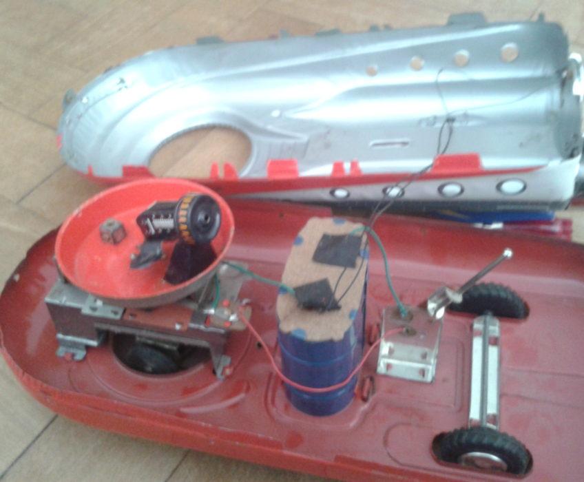 Oprava modelu hračky člunu