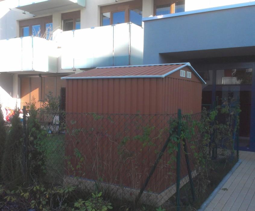 Stavba zahradního domku – řemeslníci Ferda