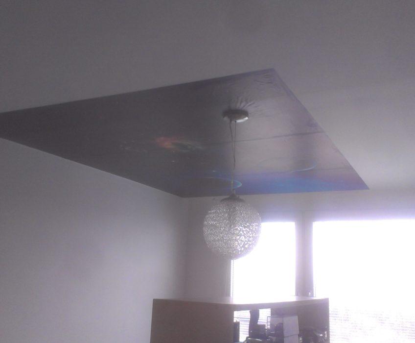 Tapetování stropu