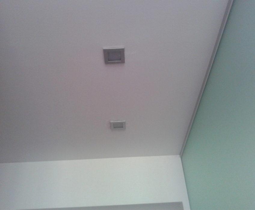Oprava podhledových světel