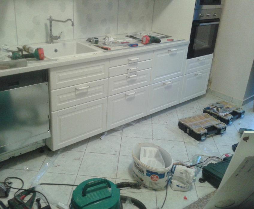 Montáž kuchyňské linky