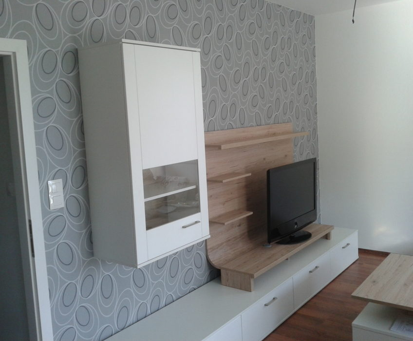 Montáž nábytku na stěnu