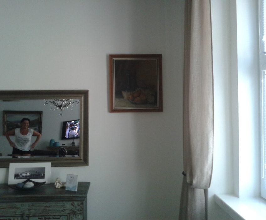 Pověšení obrazů na stěnu