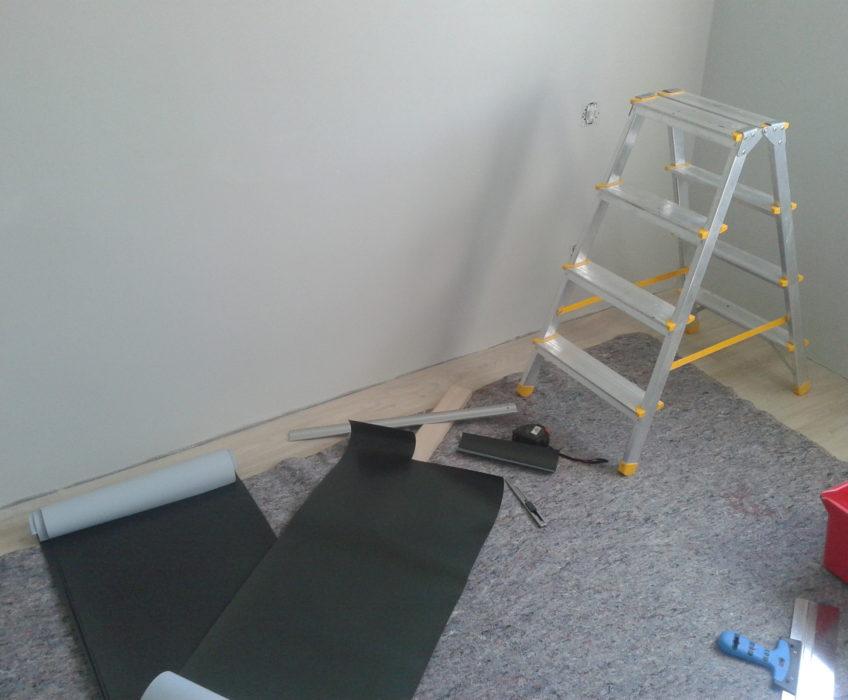 Příprava fototapety-nastřihnutí podle tvaru stěny