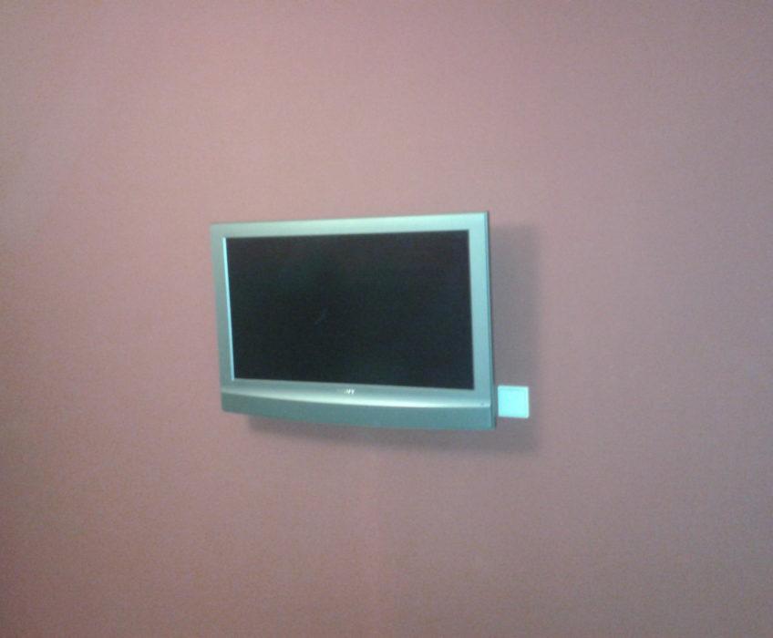 Montáž držáku na TV