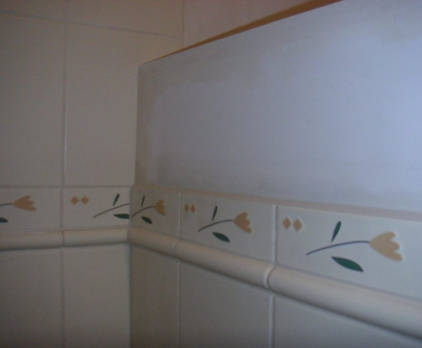 Obklad koupelny + vybudování nové příčky