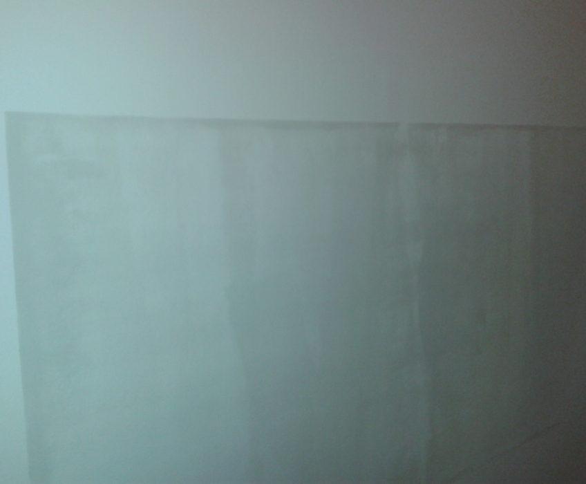 Magnetická barva na zeď