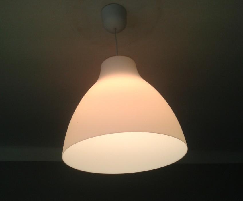 Montáž poliček a osvětlení Ikea