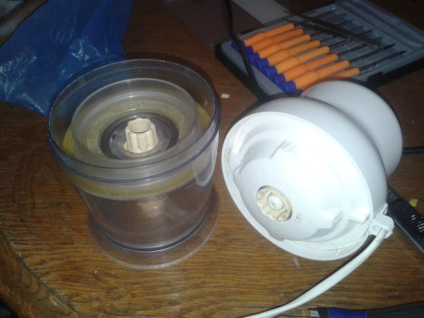 Oprava varné konvice a mixéru