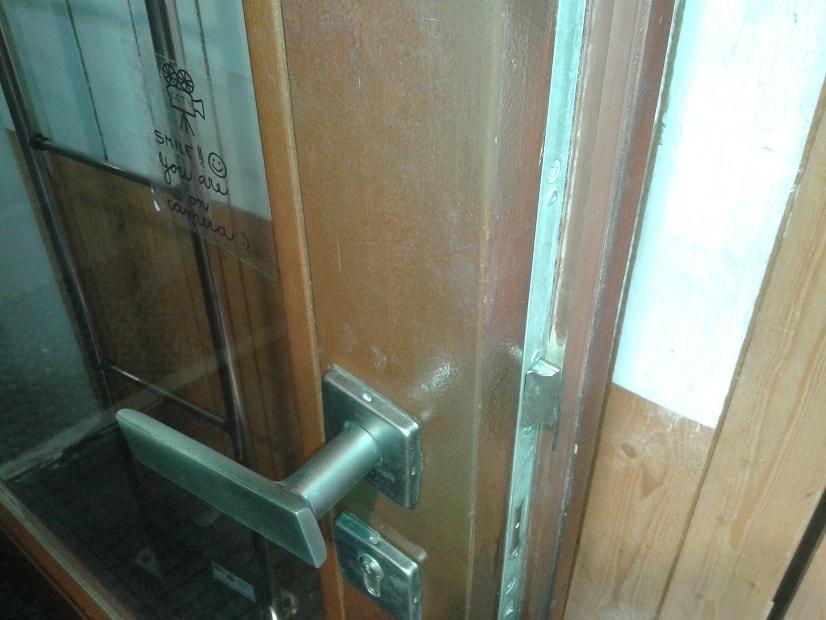 Oprava dveří po vloupání