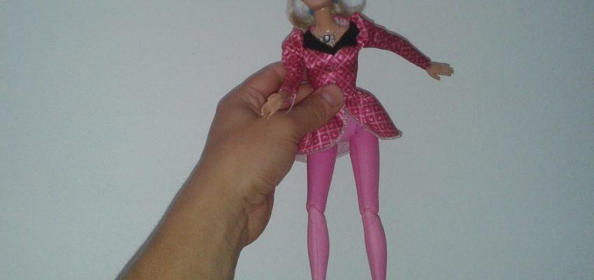 Oprava panenky Barbie