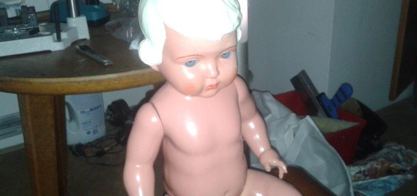 Oprava staré panenky