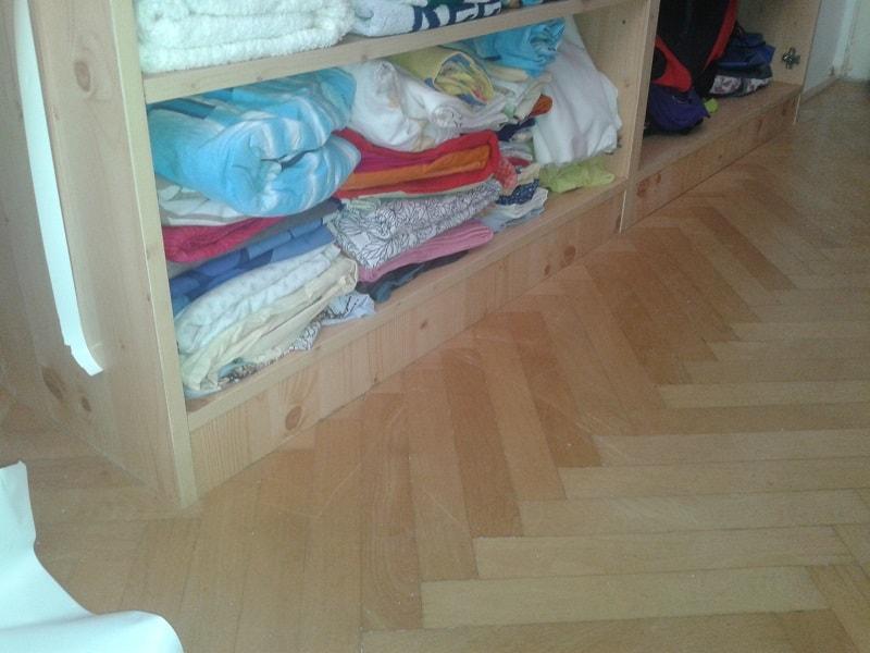 Renovace skříně samolepicí folií