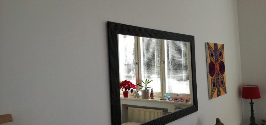 Montáž obrazů, zrcadla atd.