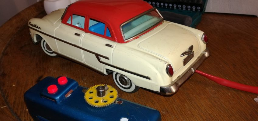 Oprava modelu auta Opel Kapitan