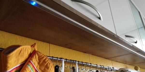 Montáž LED světla s dotykovým čidlem