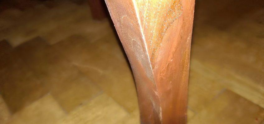 Oprava starého křesla