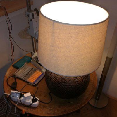 Oprava uchycení stínidla lampy