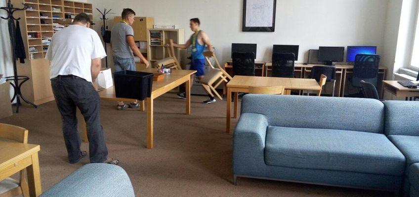 Montáž kancelářského nábytku