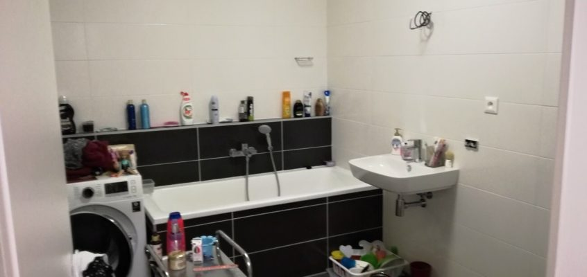 Montáž koupelnových doplňků